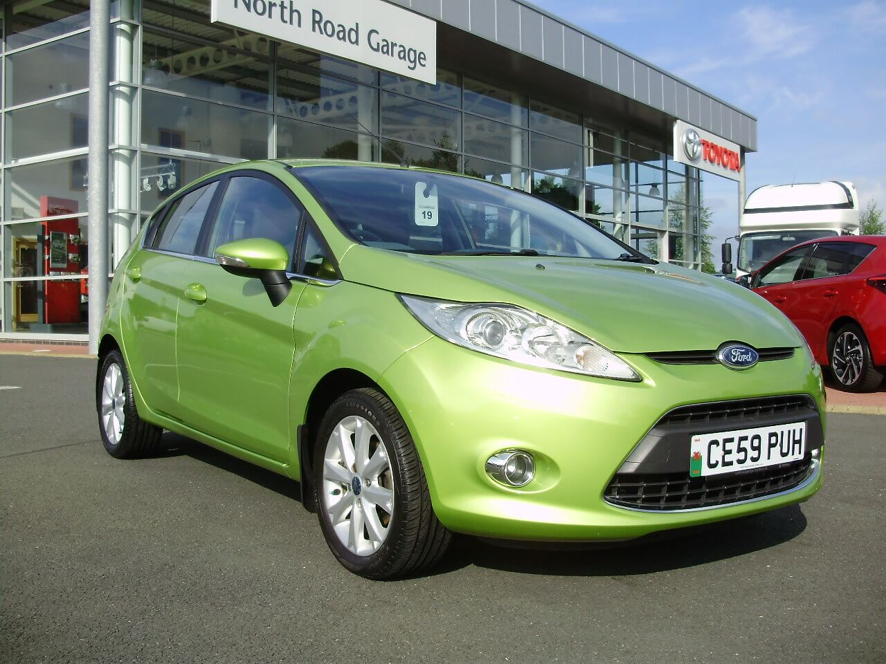 Used cars north road garage for Garage toyota vitrolles